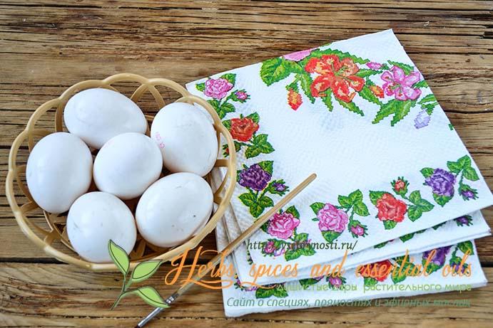 как сделать декупаж яиц на Пасху салфеткам