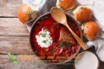 Миниатюра к статье Настоящий украинский борщ с пампушками— подробный рецепт приготовления