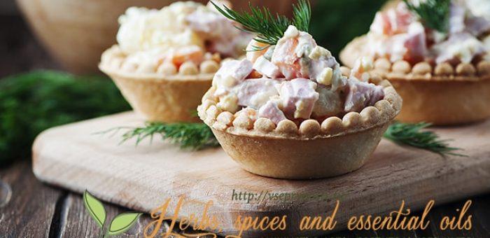 Миниатюра к статье Лучшие рецепты салата «Оливье»— Советский с колбасой,  с раками, мясом и курицей